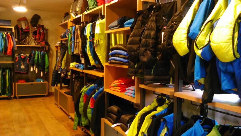 https://www.valtellinaok.com/Foto/Negozi/112/mountainstore3.jpg